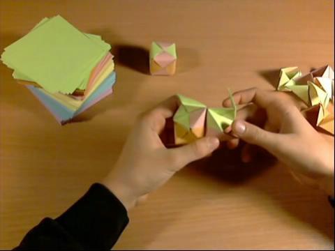 礼物盒子折法教程