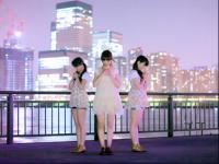 白皙美腿可爱美女三人组