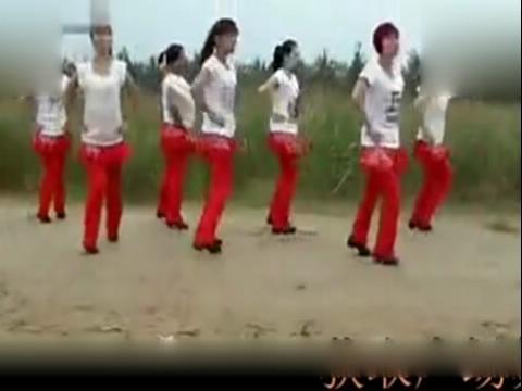 周思萍最新广场舞 山丹丹