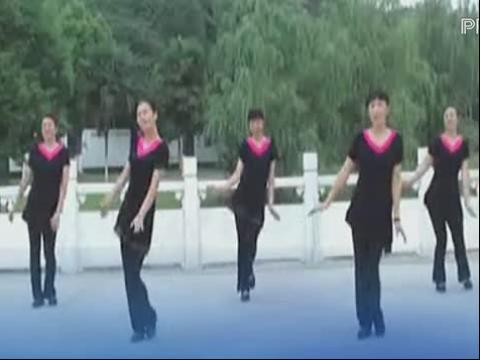 卫东美女广场舞