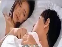 床吻戏视频张国荣吻戏合集美女的诱惑吻