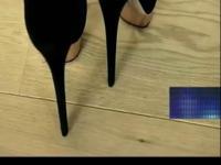 腿模穿性感黑丝袜拍摄高跟鞋时尚大片