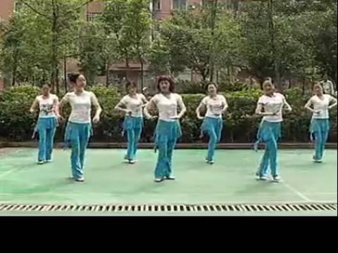 周思萍广场舞系列 雕花的马鞍
