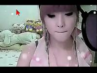 清纯美女视频直播演唱小