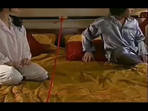 李威激情吻戏床戏