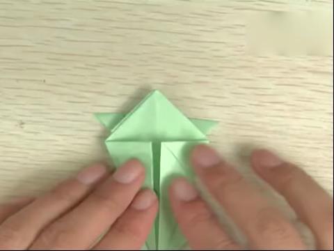 手工折纸大全图解-如何折青蛙的折法图解