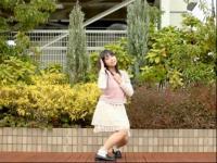 短裙性感小萝莉公园热舞
