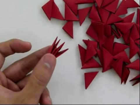 折纸教程-3d红玫瑰折法