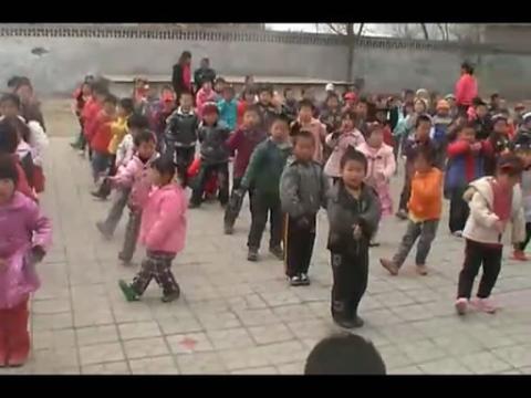 幼儿园广播体操世界真美好