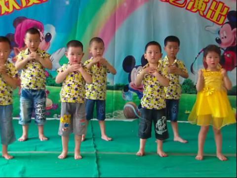 幼儿园小班亲子舞蹈分享展示