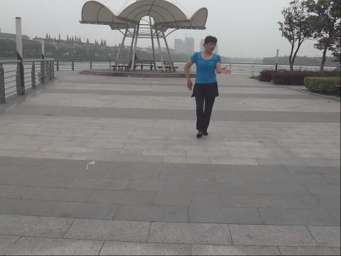 金坛愚池姐妹广场舞———串串爱