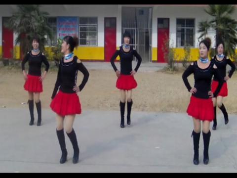 美久广场舞 《爱情莎啦啦》