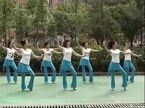 周思萍广场舞-雕花的马鞍