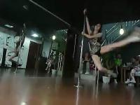 长腿美女钢管舞