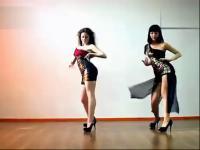 性感水蛇腰韩国美女给力热舞