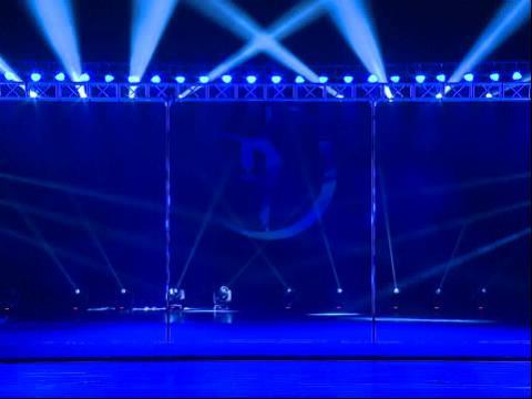 方艺钢管舞视频201302:06