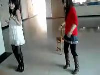性感丝袜美女 板凳舞蹈秀