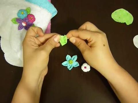 手工丝带花 缎带花 丝带玫瑰花的制作方法